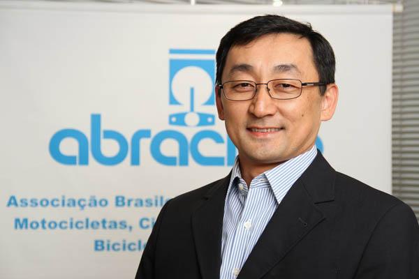 ABRACICLO-Roberto-Akiyama-presidente