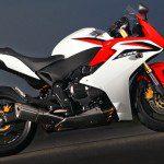 C45F5673 cc2 150x150 Com visual renovado, Honda CB 600F Hornet 2012 chega este mês por R$ 30 800