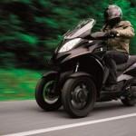 quadro 350d 2012 103 150x150 Salão de Verona apresenta a maior moto do mundo!