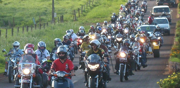 Encontro-motociclistas