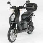 ludix pro black 13 150x150 Yamaha lança edição limitada da moto mais vendida na França