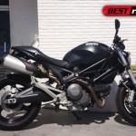 direita ducati3 150x150 Ducati Monster 1100, por Rever Corsa e Christian Audigier!