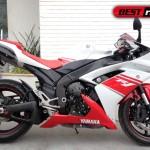 r1 150x150 Yamaha apresenta modelos 2013 da FZ8 N e Fazer 8