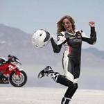 BMW S1000 RR à 336 km/h: recorde de Valerie Thompson
