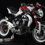 Dragster 800 RR 24 150x150 Moto branca, amarela, laranja, verde... Confira as opções de cores de motos!