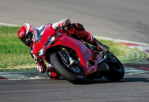 1299-Panigale-4-620x406