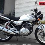 com logo 43 150x150 Saiba tudo o que muda na Suzuki GSX R 1000 2012