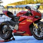 Pirelli Diablo Supercorsa SP é o equipamento original para a Ducati Panigale