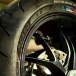 Pirelli apresenta sua linha de pneus para motos