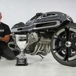Krugger Motorcycle cria modelo com base na BMW K 1600