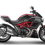 Ducati Diavel chega em duas versões ao Brasil