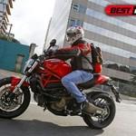 Ducati Monster 821 chega com novo motor e muita eletrônica