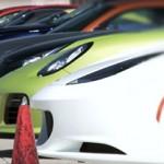 Nissan GT-R, Ferrari 458 Itália e outros 9 Supercarros na pista!
