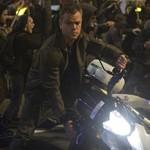 Jason Bourne é lançado com direito a moto e muita ação