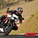 Triumph Speed Triple R ganha eletrônica e mais esportividade