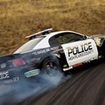 Ford Mustang Cobra VS Triumph Speed Triple