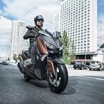 Yamaha X-Max 300 tem até controle de tração