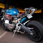 Ducati 899 Panigale vira uma naked retrô