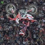Motocross Freestyle na arena do 15º Barretos Motorcycles