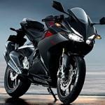 Honda CBR 250RR é miniatura de moto de competição
