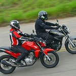 Motos médias salvam o mercado de duas rodas