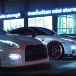 """Nissan GT-R R35 em dose dupla deixa New York """"em chamas"""""""