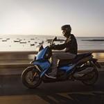 """Scooter BMW C 400 X quer se """"conectar"""" com público jovem"""