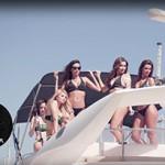 8 Monster Girls comemoram em alto-mar
