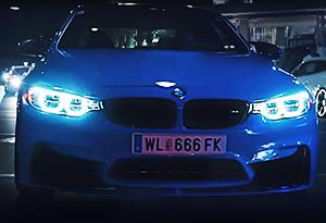 BMW M4, Dodge Challenger SRT e Ford Mustang em cenas estrondosas