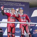 Dobradinha extraordinária para a Ducati Lenovo Team no GP da Espanha com Miller em primeiro e Pecco Bagnaia em segundo em Jerez.